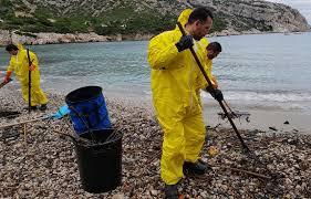Pollution aux hydrocarbures : des plages de La Ciotat et Marseille fermées