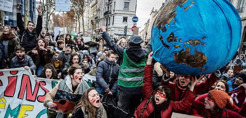 CLIMAT : «contraindre l'Etat à agir»