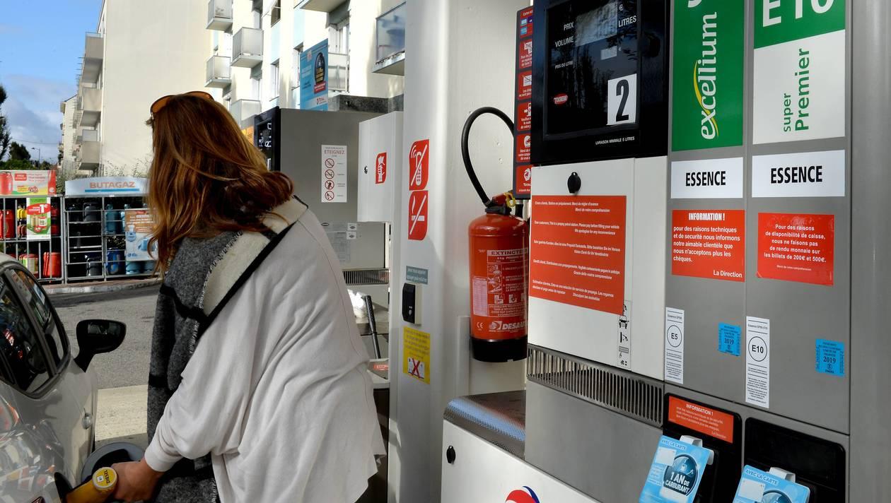 des bons de 50 euros de carburant